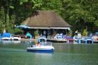 Bootsfahrt im Englischen Garten in München